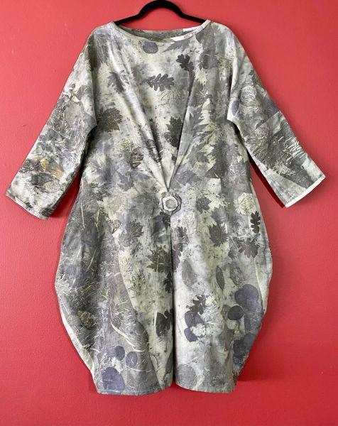 Ecoprinted deciduous leaf garments